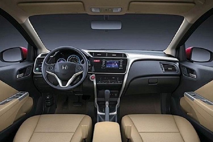 2016 Honda City interior