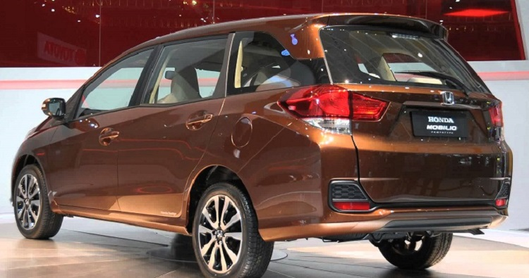 2016 Honda Mobilio rear view