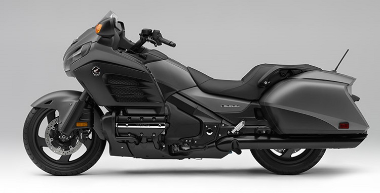 2016 Honda Gold Wing F6B side view