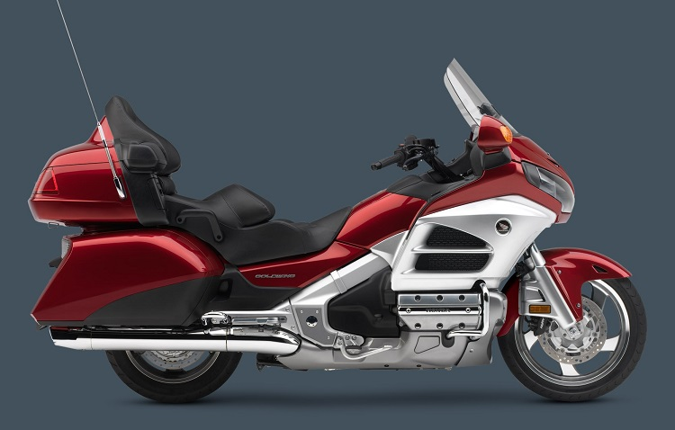 2016 Honda Gold Wing side view