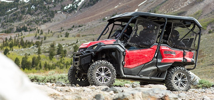 2016 Honda Pioneer 1000-5 side view