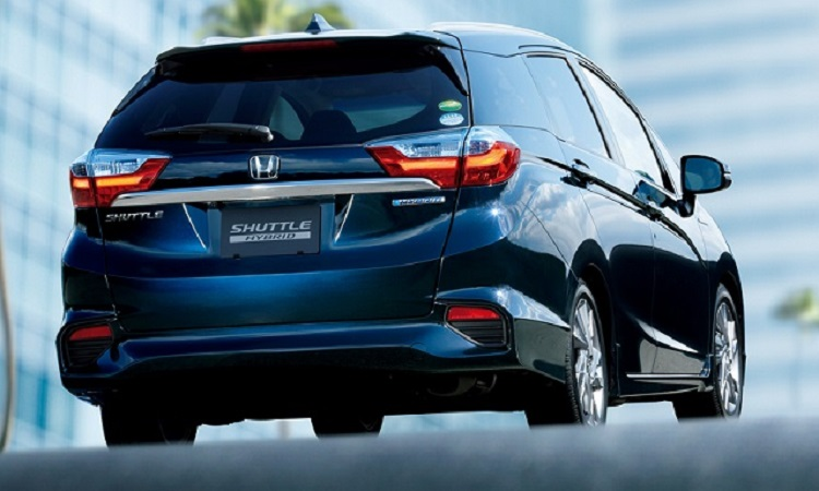 2017 Honda Fit Shuttle rear