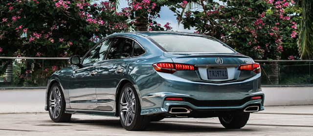 2019 Acura RLX rear view